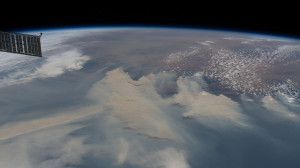 2560px-Australian_bushfires_as_viewed_from_the_ISS